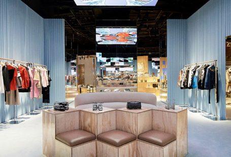 Burberry inaugura social store a Shenzen
