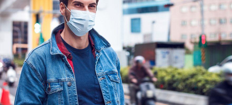 Emergenza Covid fino al 31 gennaio 2021, e torna l'obbligo di mascherina all'aperto