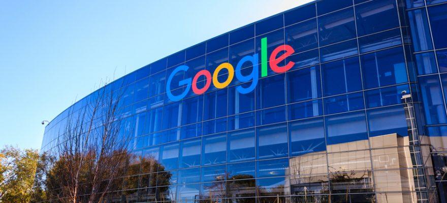 Google lancia career certificates