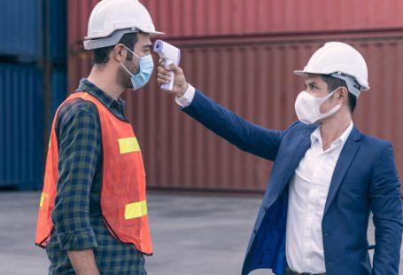 Cosa deve fare l'azienda se un dipendente ha il Covid-19