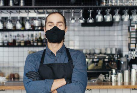 Un lavoratore può rifiutarsi di servire il cliente senza mascherina